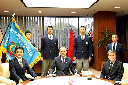 愛知県議会を訪問.jpg